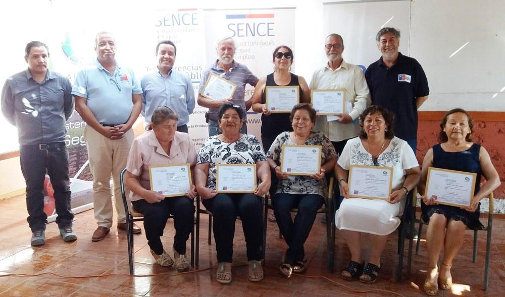 Sence, Indap y Apeco desarrollan cursos para fortalecer al sector agrícola de Atacama